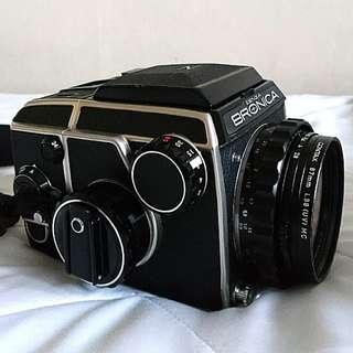 BRONICA EC w NIKKOR 75mm f2.8 lens