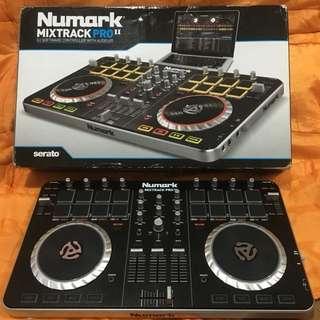 Alat DJ numark mixtrack pro II