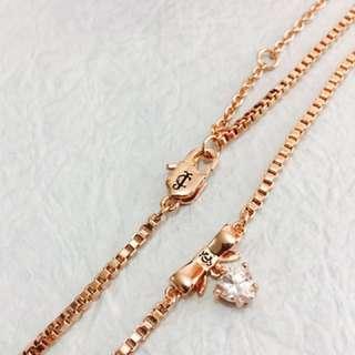 J C 玫瑰金心型吊石頸鍊