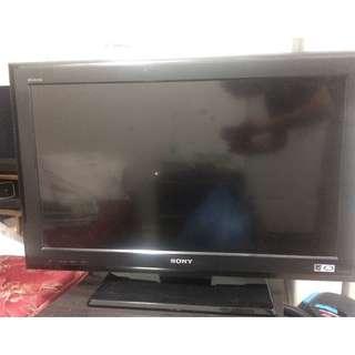 32'' inch Sony Bravia 720p LCD HDTV