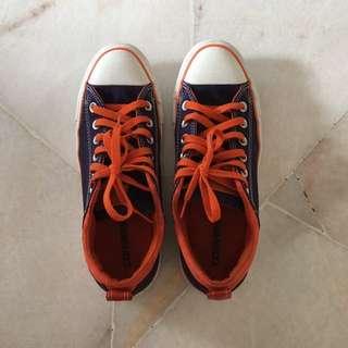 Converse Dark Blue Orange Sneakers/Shoes