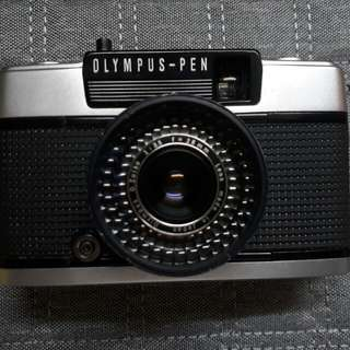 Olympus Pen EE-3 Half Frame Film Camera