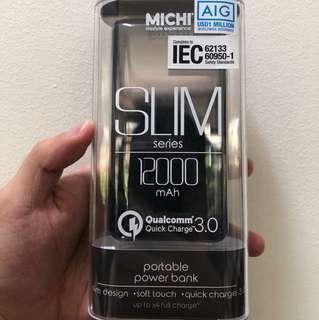 MICHI Powerbank Qualcomm 3.0 Quick Charge (12000 mAh)
