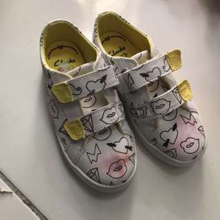 Clarks washable kids shoes