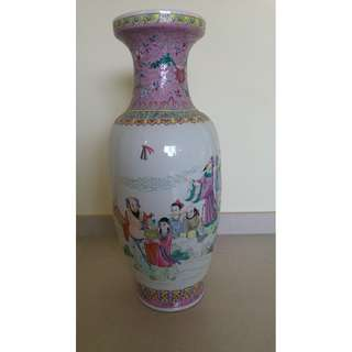 Chinese Porcelain Vase with The Immortals - Ba xian八仙过海图瓷花瓶 S$30