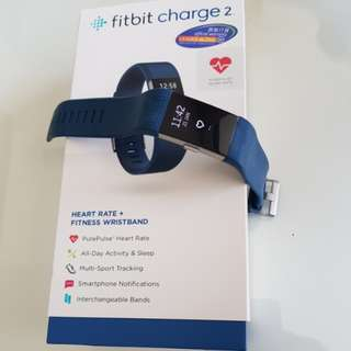 Fitbit Charge 2 with 2 plastic / 1 metallic strap