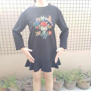 Longsleeves black dress