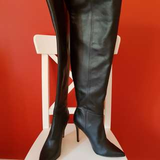 New! RRP $290. Kookai Vault thigh high boots in black with gold zipper.