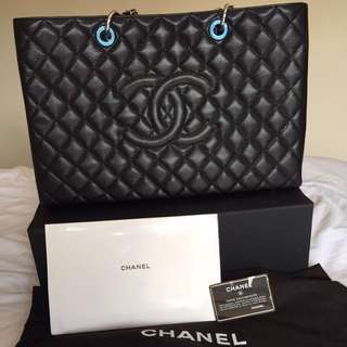 Chanel GST XL brand new