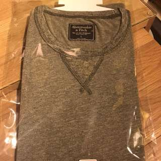 🚚 Abercrombie & Fitch 短T