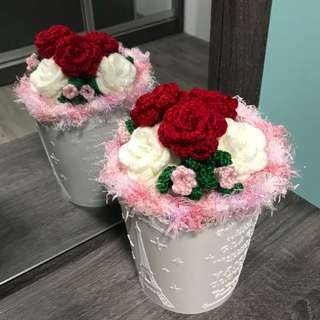 Crochet flower - roses bouquet