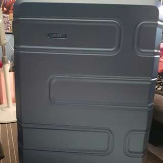Large Elle Luggage