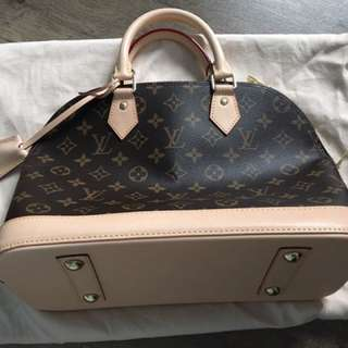 Brand New LV Alma PM