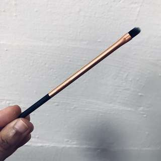 Real Techniques Detailers Brush