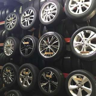 Rims with tyres set