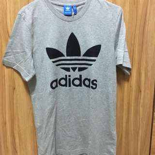 🚚 Adidas t恤 灰色 s 全新