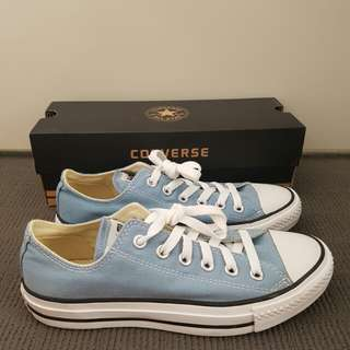 New Converse All Star Low Cut - size 39 - blue
