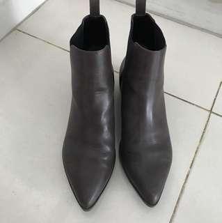 GU 2018 Winter Boots