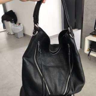 Rebecca minkoff Moro hobo bag. 98% new. Used once only