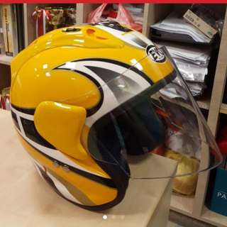 helmet. As good as new.Used once only. Orig at $220