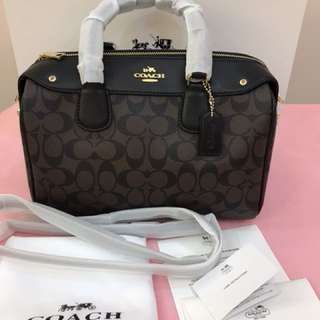 Authentic Coach medium handbag Bennett series tote Shoulder bag