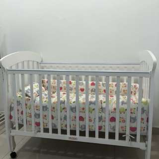 Baby Cot - Full set ( Bumble Bee)
