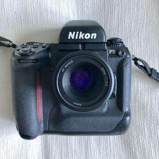 Nikon F5 and AF50mm f/1.8D