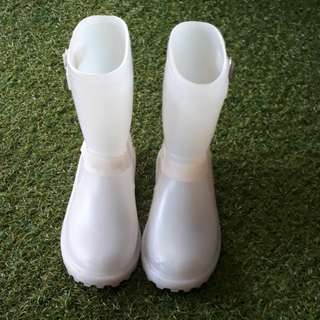 Translucent rubber boots for kids