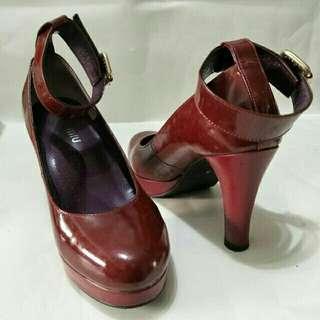 復古學院風綁帶高跟鞋