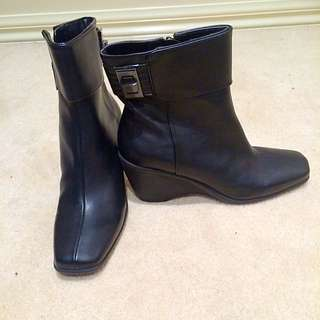 Badolino Boots! New And Comfy