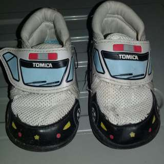 Tomica shoes