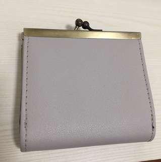 Nimes 灰色銀包一個 全新 無色差