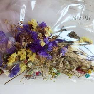 Random small flowers for jewellery and craft projects