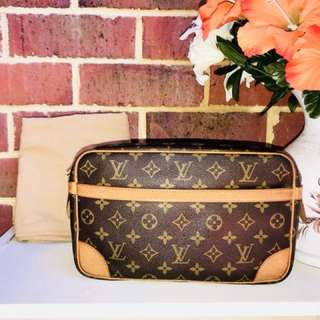 Authentic Vintage Louis Vuitton Compiegne 28 Clutch Bag/Accessories Pouch Monogram Leather