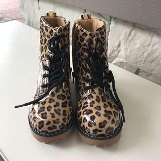 Zara boots 👢