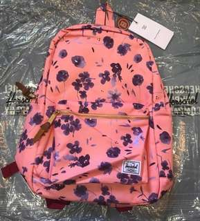 Branded at super matibay backpack