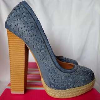 Heels - size 37