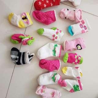 Kaos kaki newborn