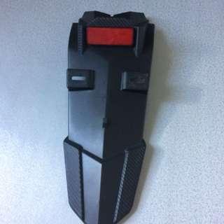 y15zr part.. mudguard exciter/y15zr, cover rantai ori moto, cap exzos fiber..