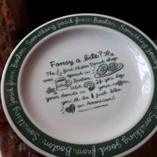 vintage collectables plates display set