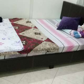 Queen Size Bed for Sell with Mattress. Condition: New.