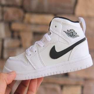 Nike Air Jordan Budak