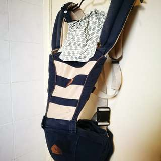I Angel Mesh Hipseat Carrier plus free Fridge2Go (used) which can fit 6 bottles.