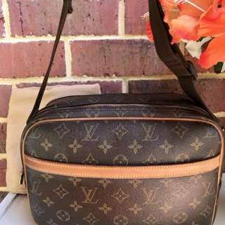 Authentic Vintage Louis Vuitton Reporter Crossbody/Shoulder Bag