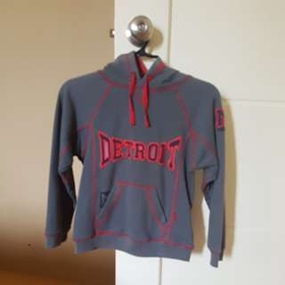 Detroit Sweater/ Pullovers (slightly used. 5/6 yo)