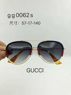 GUCCI sunglasses 2018年 飛機師款 型號: GG0062S  每副眼鏡都有獨立碼no.  57-16-140 size
