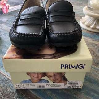 Primigi leather boys shoes size 33