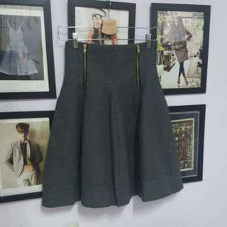 🚚 灰色高腰毛料圓裙