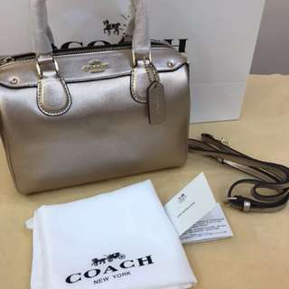 Authentic Coach women Handbag sling bag Bennett bag