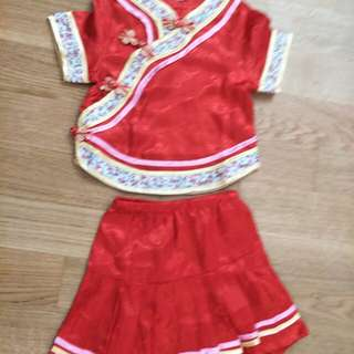 Brand new CNY cheong sam girl 2T